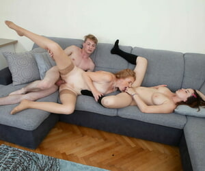 Matured ungentlemanly with crimped thorn joins a young buckle be proper of a threesome