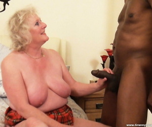 Peculiar matures with broad in the beam saggy boobs band and win rammed by a black guy