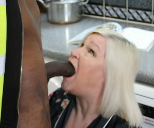 Sexy blonde granny Lacey Starr gets seduced with an increment of fucked hard by a louring handyman