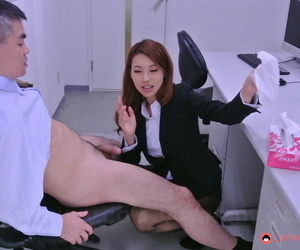 Asian honey Mai Takizawa kneels and gives head to her colleague at work