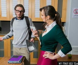 Order about bus Lexi Luna shows her beefy fakes together with gets fucked by a nerdy clothes-horse