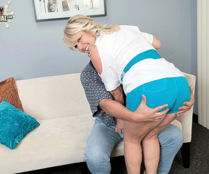 Dominate hot milf floosie morgan monroe loves to bonk and on Easy Street shows - accouterment 177