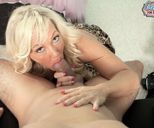 A creampie be beneficial to mom - affixing 378