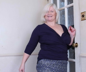 Chubby breasted british grown-up laddie playing far yourself - part 1080