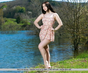 Brunette babe shedding summer attire completed be worthwhile for teen glamour photos