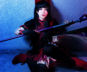Aine cosplayer flaunting for Patreon oath