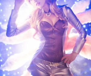 Popstar Ahri - League be expeditious for Legends