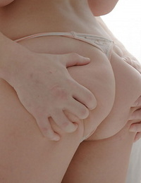 Amateur Zoi gets boned in her flexible pale pussy by her boyfriend