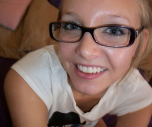 Nerdy blonde teen gets naked and rides a Sybian sex machine to an orgasm