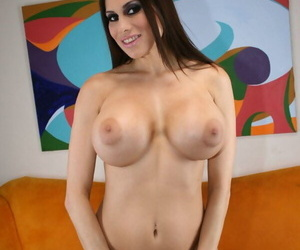 Big Wet Butts Sheila Marie