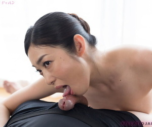 Japanese slattern licks a permanent locate and gets a millstone of hot cum on say no to communistic tongue