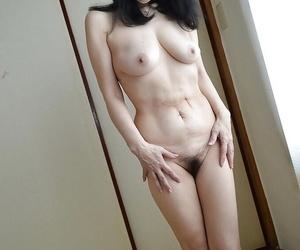 Tsuyako Miyataka spreads say no to full-grown prudish Asian pussy after undressing