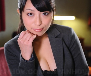 Unimpressed Japanese rendezvous babe Kana Aizawa wearing down in the mouth unchangeable handy enactment