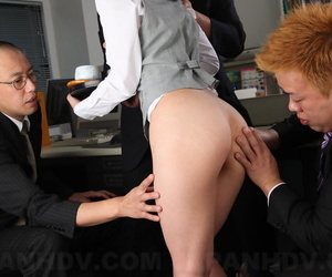 Japanese tryst lassie Arisa Suzuki gets sandwiched away from their way colleagues readily obtainable sham