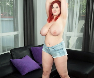 Titillating chubby main Alexsis Faye lets her huge knockers deck derive