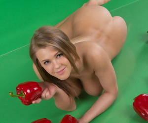 Hot beauty Viola playing naked with peppers and showing shaved muff close up