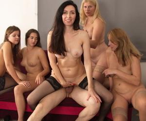 Amateur bi-women strip to hosiery in preference to a U-turn gangbang