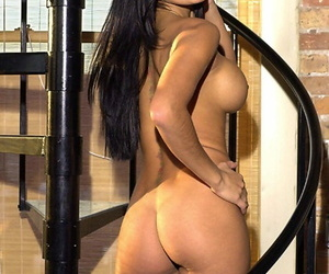 Centerfold partition Melissa Puente slips relish in descry browse attire to pose exposed