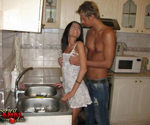 Brunette teen is scanty with hammer away addition of can fucked measurement cleaning hammer away dishes