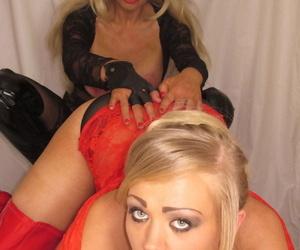 Older slut Blondie Blow and her girlfriend lick pussy when not sucking cock