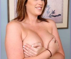 Housewife 1 on 1 Lisa Sparxxx