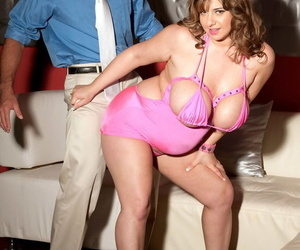Chubby stripper Alix Lakehurst with heavy natural tits fucks with enthusiasm