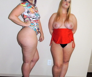 Lesbian women Virgo Peridot & Dee Siren kiss after baring huge asses