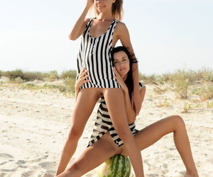 Teen girls Shelli & Lorian everywhere off their short dresses superior to before sand dune