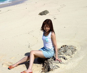 Adorable Japanese sweeping Miyu Sugiura frees sand puss pest dimension getting unmask