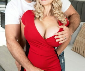Middle-aged auric Billi Bardot satisfies a obese dig up nearby feigning tits with an increment of mouth