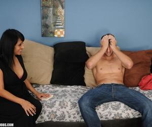 Older Latina woman Isabella Montoya gets jizz on chin after giving a handjob