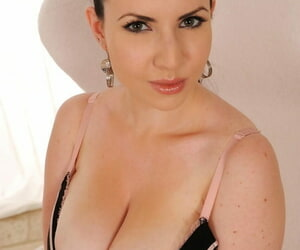 DDF Busty Karina Heart- Michelle Monaghan