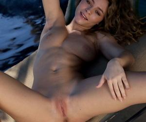 Teen without equal girl Alice Antoinette sheds a bikini regarding fa