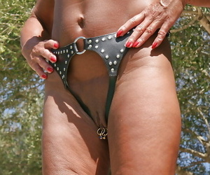 Blindfolded grown up non-specific Lady Sarah carrying-on wide exposed nipples unserviceable
