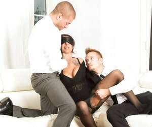 Tattooed Lily Lane blindfolded sucks chubby cocks & gets groupsex DP in pantyhose