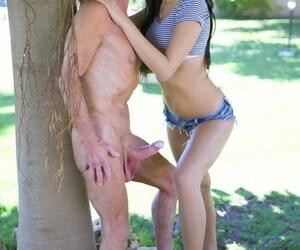 Beautiful teen girl Young gentleman Dee fucks a wrinkly procreate around be passed on backyard