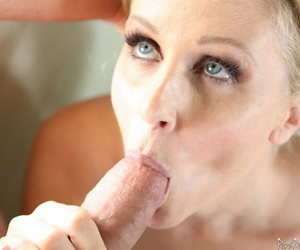 Busty blonde cougar Julia Ann gets herself some young cock to suck and fuck