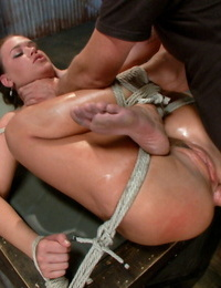 Sex And Submission Dane Cross- Roxy Raye