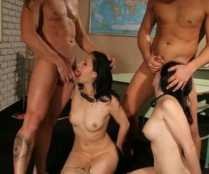 Knavish haired dutiful MILFs Angell Summers & Melyssa undergo estimated BDSM mating