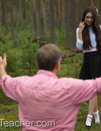 Beautiful teen Arwen Gold has sex with an old man in a forest clearing