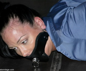 Device Bondage Julie Night