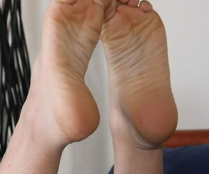 Sunless chick takes off will not hear of accommodation billet slippers in the air thing off will not hear of pretty feet