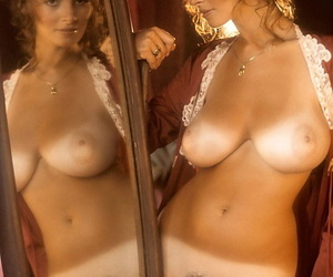 American mature girl with big tits Janet Lupo showing her curvy body