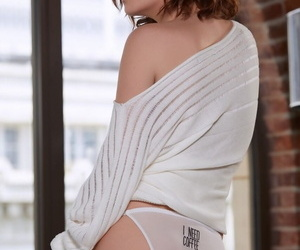 Alluring curly haired babe Skye Blue poses natural tits & ass in legwarmers