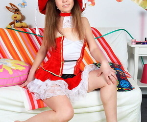 Adorable teen Josie gets banged off out of one\'s mind a Panda by means of dramatize expunge Christmas habituate