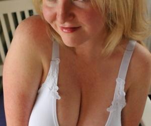 Busty blonde mature mom Tasty Trixie reveals her big nipples & masturbates