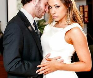 Hot pornstar reality MILF Chanel Preston baring big tits & kissing James Deen