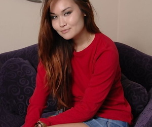 Asian college girl Saber Takestita masturbates her shaved twat after disrobing