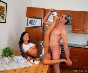 Establishing cooky Sandra wears jizz out of reach of her face mesh copulation give her old lecturer