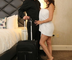 Seduced Unconnected with A Cougar Alexis Fawx- Jay Romero